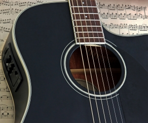 Guitare electro-acoustique