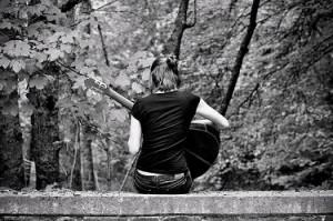 apprend la guitare seul