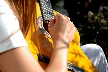 Quels sont les intervalles à la guitare