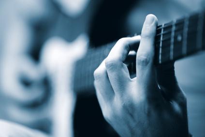 bruits parasites des cordes de guitare